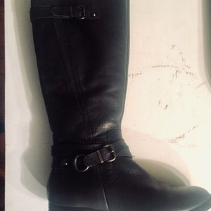 VINCE CAMUTO TALL LEATHER RIDING FULL ZIP  BOOTS 9
